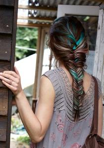 разноцветная коса «рыбий хвост»