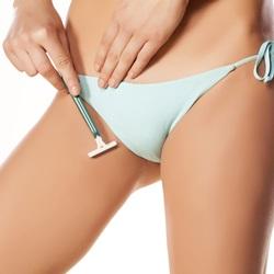 бритье зоны бикини